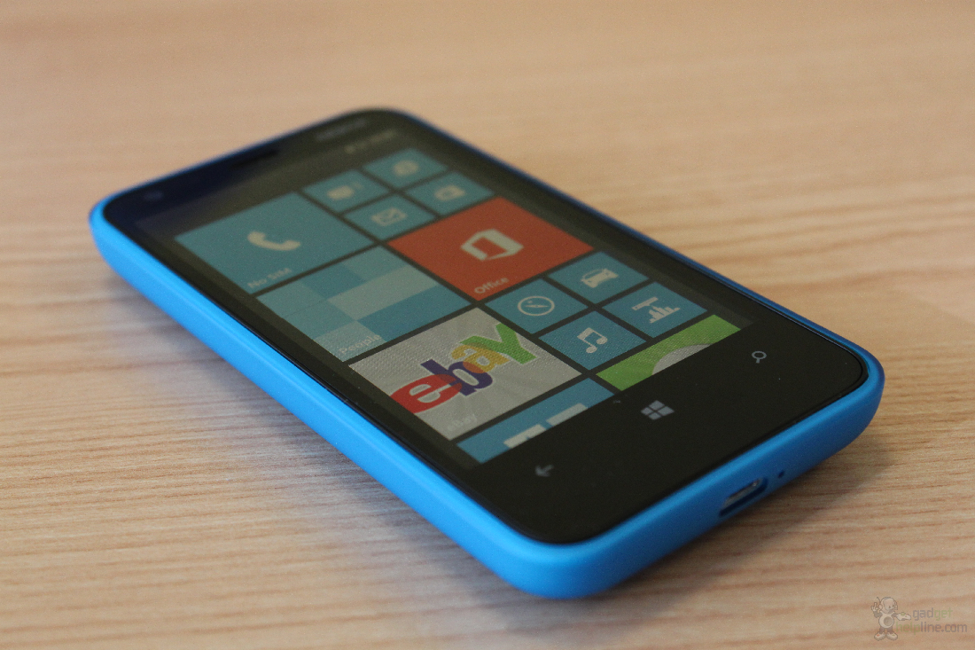 Nokia Lumia 620 hands on photos and first impressions
