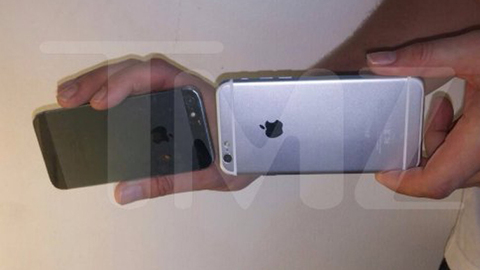 Detail of the smaller and larger models of the iPhone 6.